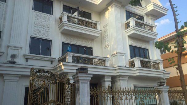 Thi công kiến trúc mặt tiền biệt thự tân cổ điển – anh San